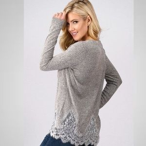 Long sleeve top w lace trim details heather grey